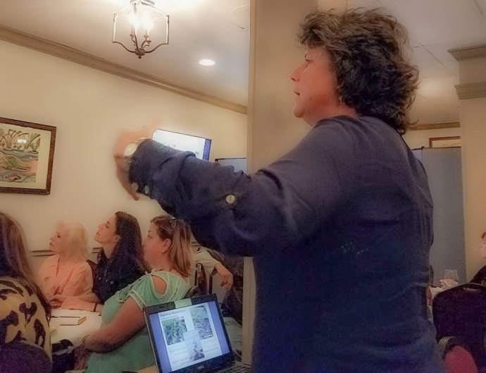 General Meeting 10-22-2019 Photo No 03 - Old Metairie Garden Club