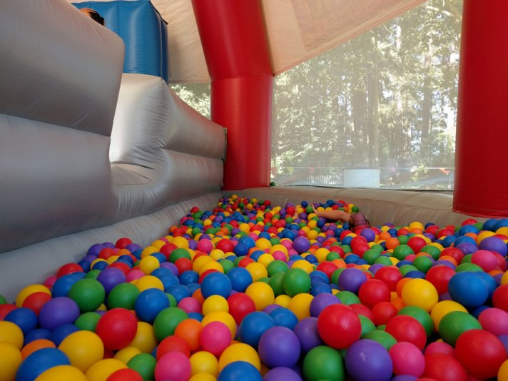 Big Bounce Ball Pit