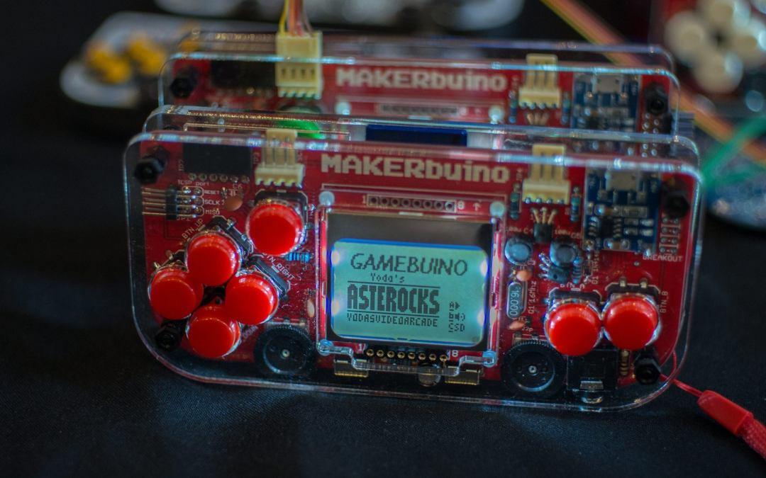 Old School Gamer Magazine Exclusive: Inside MAKERbuino With Albert Gajšak
