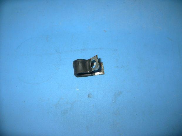 Oldsmobile toronado nos a c refrigerant pipe clamp gm