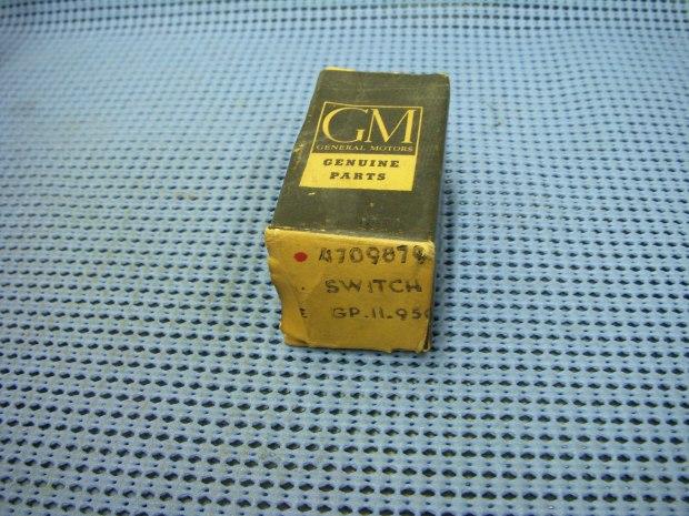 Chevrolet Parts 1961 19481964 Gm Door Jamb Dome Light Switch