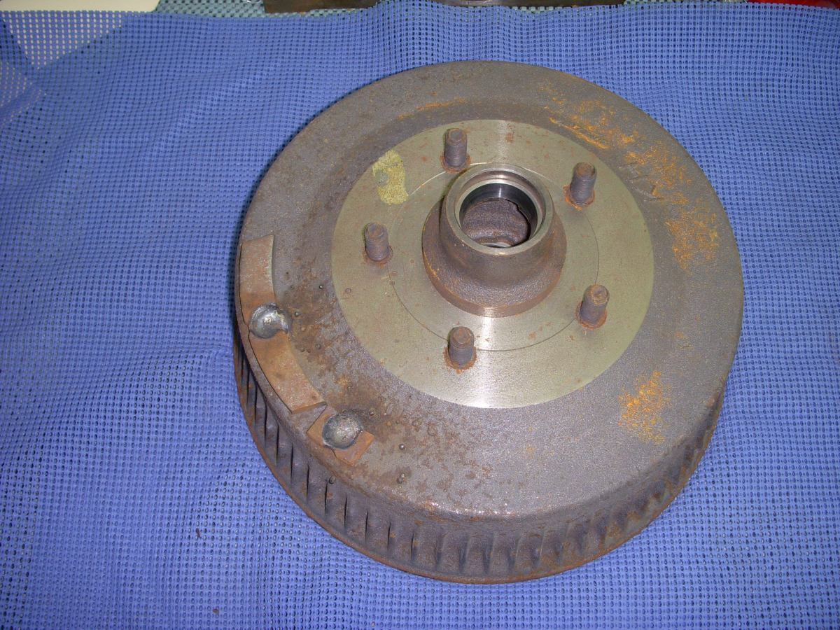 1965 – 1968 Pontiac Front Brake Drum and Hub Assembly NOS ...