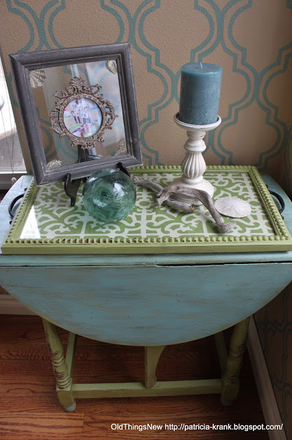 A Beachy Side Table Old Things New