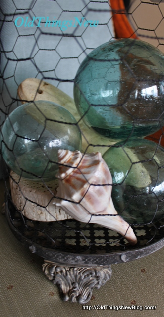 1-Chicken wire cloches 003