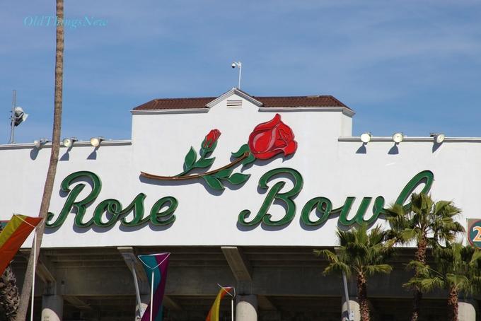 01-Pasadena Flea Market at the Rose Bowl 008