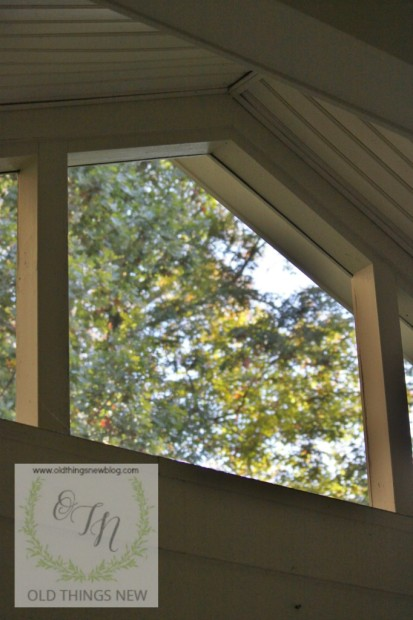 Screened Porch 028