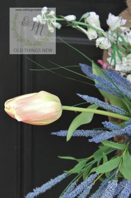 Spring Basket on Front Door 019