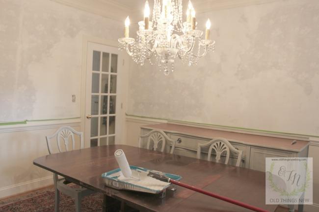 Dining Room Wallpapering 001