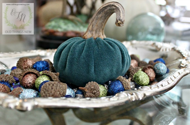 Fall decor indoors 043