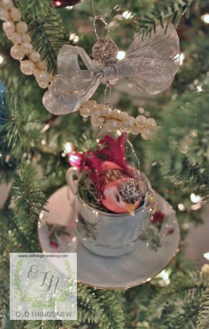 Birdy Teacup Ornament 003