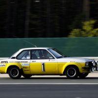 Motorsport-Zeitreise: Vom Opel Ascona B zum Astra OPC Race Camp