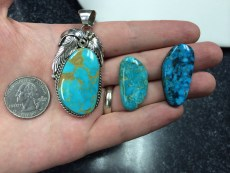 We find stones in our stock or even from a piece of jewelry in our store!