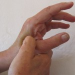 6 Effective Acupressure Regions to Treat Migraine, Headaches, Back Pain and Other Pains