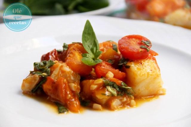Bacalao en salsa de tomates
