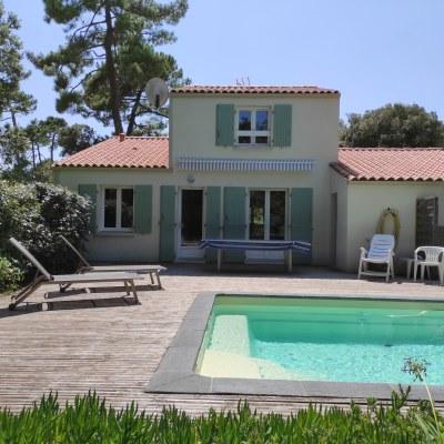 Maison avec piscine, pinède de Grand-Village