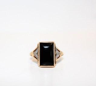 ladies-14kyg-black-onyx-ring-size-6-395