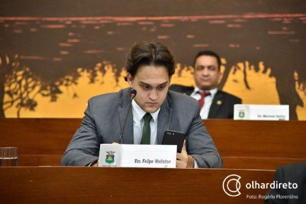 Prefeito aciona vereador e pede indenização de R$ 50 mil por postagens ofensivas