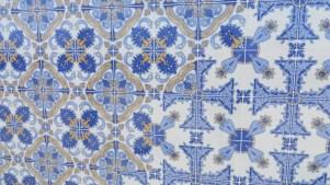 Azulejo-Fliesen im Inneren der Kirche