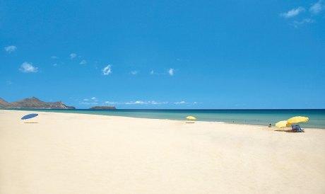 Feiner weißer Sandstrand auf Porto Santo