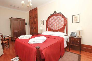 Zimmer im Parador Casa da Ínsua