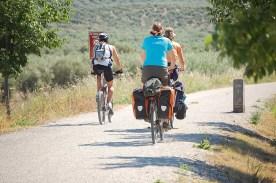 Drei Radfahrer in Andalusien