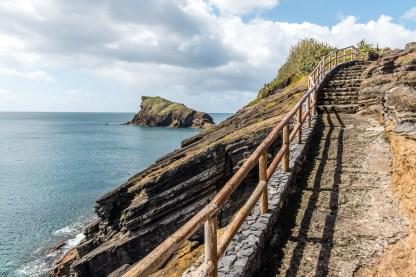 Treppe zu Aussichtspunkt Küste Sao Miguel Azoren