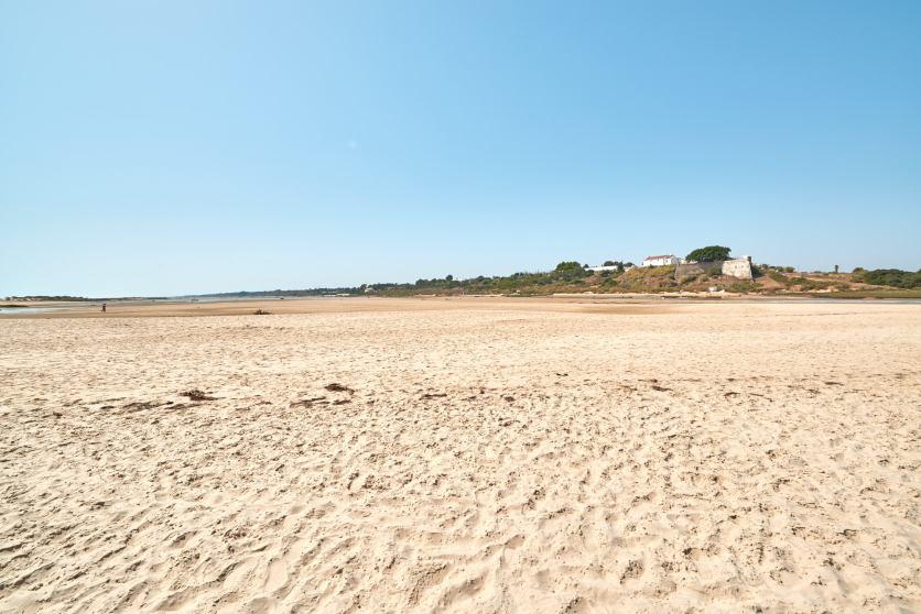 Sandstrand an der Ostalgarve