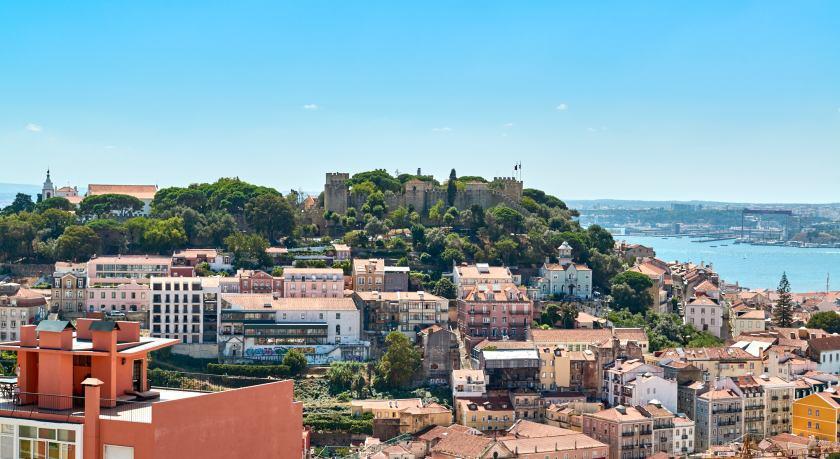 Panorama Stadt Burg Tejo Lissabon