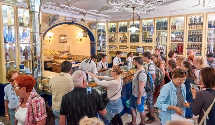 Theke Verkaufsraum Pasteis de Nata Lissabon Belém