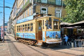 Straßenbahn Tram in Porto