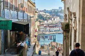 Porto Blick zum Hafen Gasse