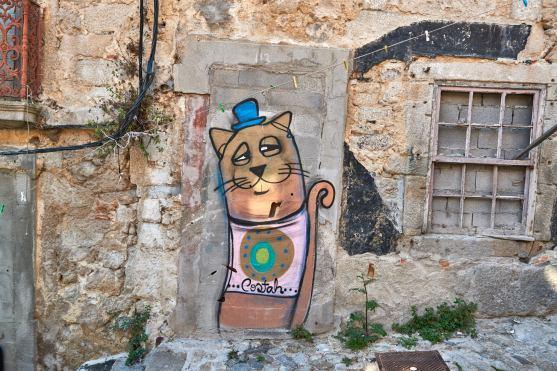 Graffiti in Porto ansehen