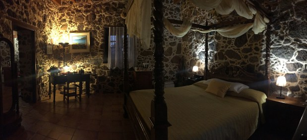 Himmelbett Schreibtisch Hotel Mahoh Fuerteventura
