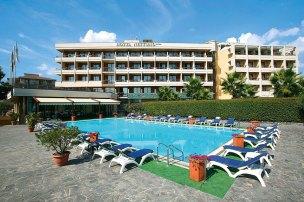 Blick Front Hotel Nettuno