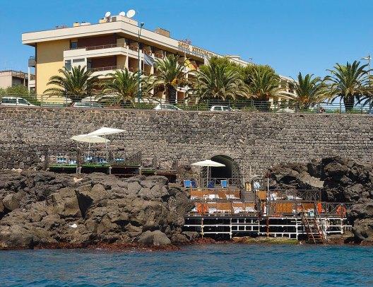 Badeplattform Hotel Nettuno