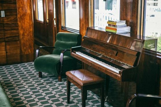 OPOR85-x-Train2019L