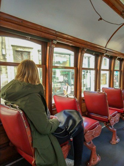 In der Tram-Linie 22 in Porto