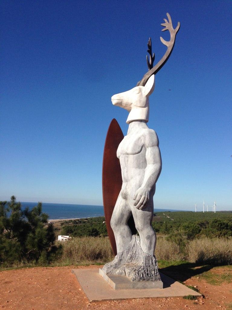 Statue Surfer Nazaré