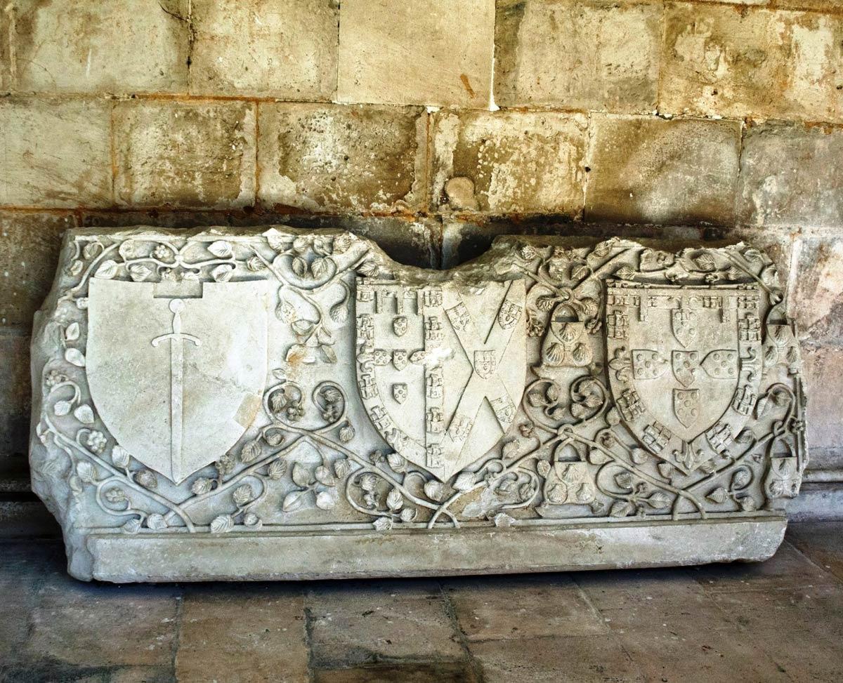 Mittelportugal Kloster Batalha Ornamente