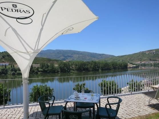 Terrasse des Restaurants im Douro Museum