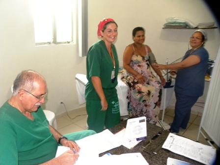 Equipe médica atende gestante na triagem - Foto: Secretaria de Saúde de Olinda