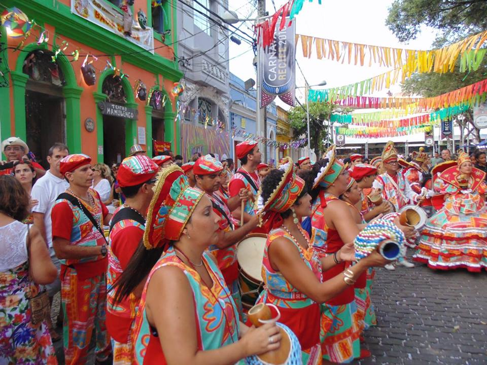 Maracatu Várzea do Capibaribe. Foto: Divulgação/Várzea do Capibaribe