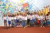 Os estudantes brincam no espaço com personagens famosos de desenhos animados Foto: Alice Mafra/Prefeitura de Olinda