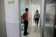 Professor Lupércio inspeciona obras em andamento em Olinda. Foto: Arquimedes Santos/Prefeitura de Olinda