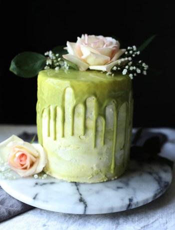 Matcha buttercream and honey cakes