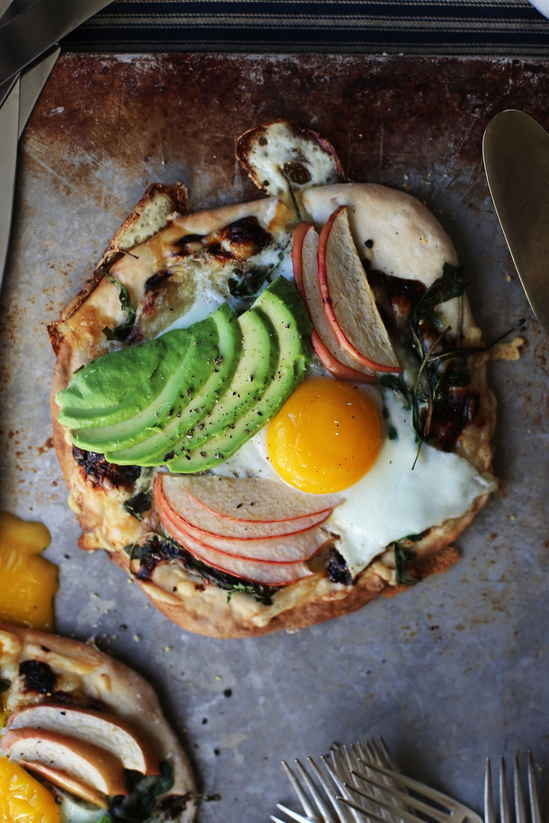 Apple Gruyere Breakfast Pizza