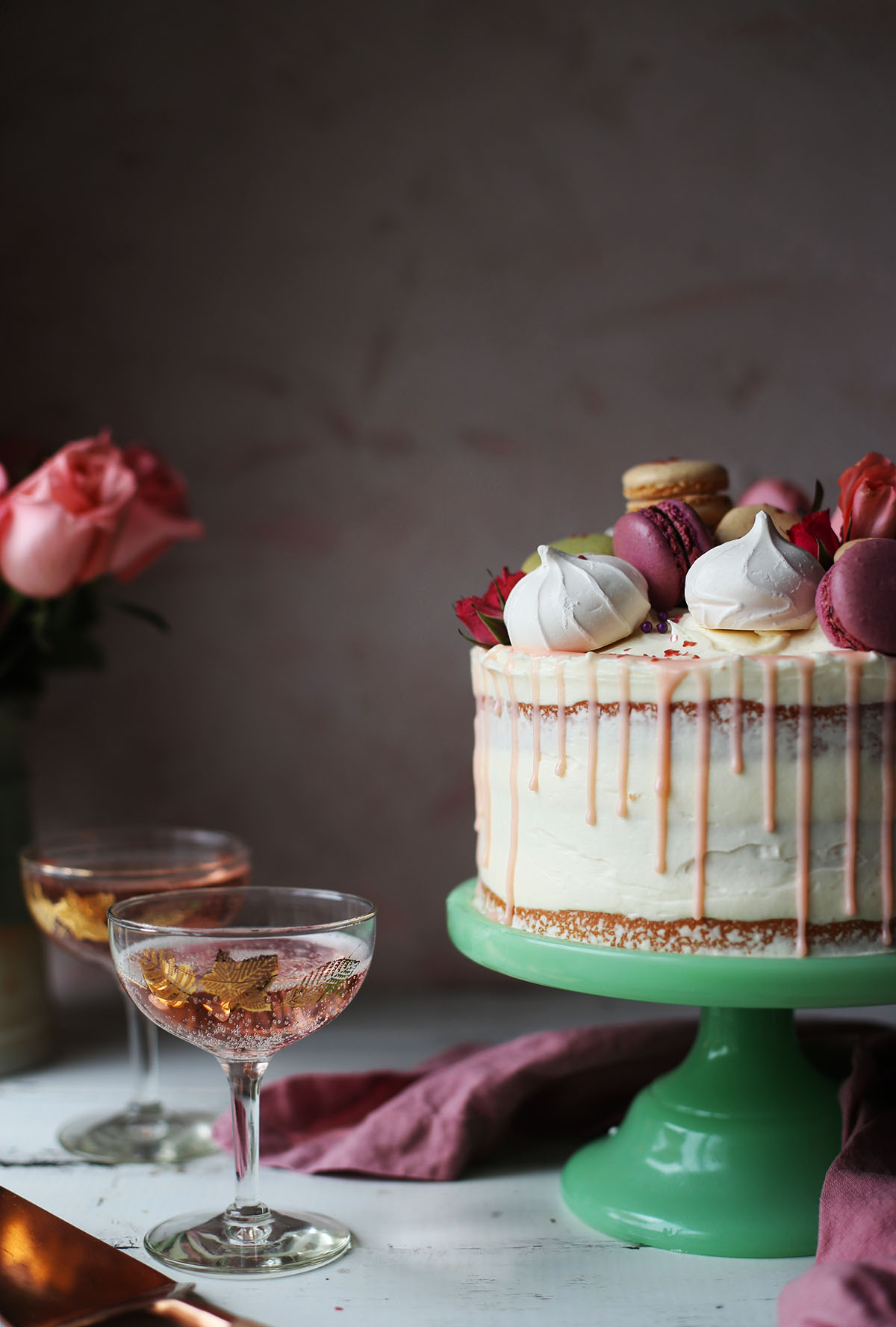 Champagne Cake with White Chocolate Frosting