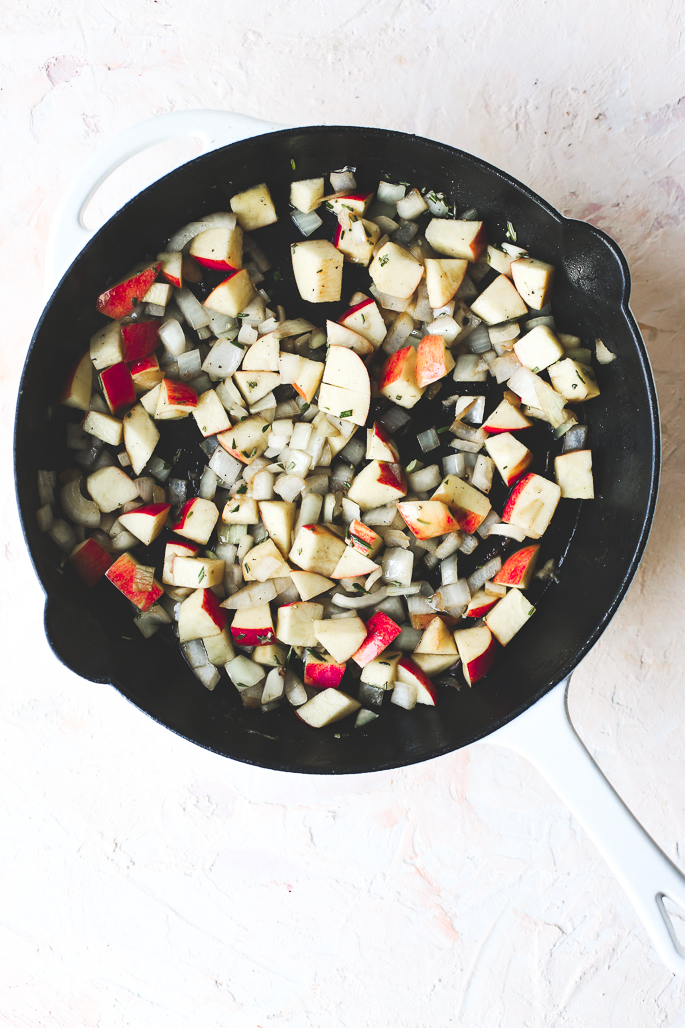 Apple Rosemary Pork Chops