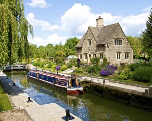 Nearby Attractions - Iffley Lock on the Thames