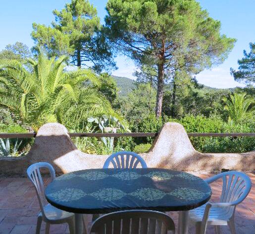 67-location-villa-corse-sud-terrasse